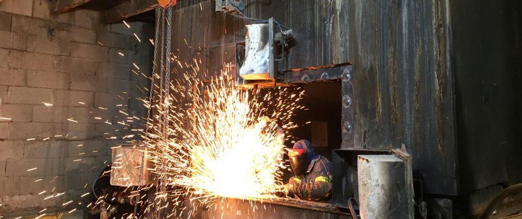 Soluciones Integrales de Combustión repara una caldera de biomasa
